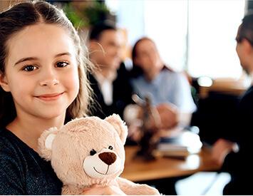 Progetti per bambini e famiglie a rischio, persone disabili e vittime di violenza domestica.