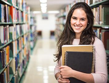 Borse di studio, supporto per modernizzare l'educazione e proteggere il patrimonio culturale.